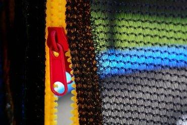 Trampolina ogrodowa dla dzieci 404cm z siatką zewnętrzną i drabinką